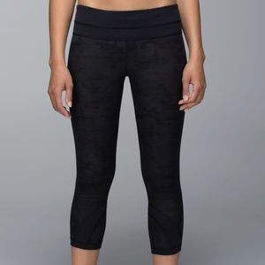 New Lululemon Run Inspire Crop II all Luxtreme Sz6